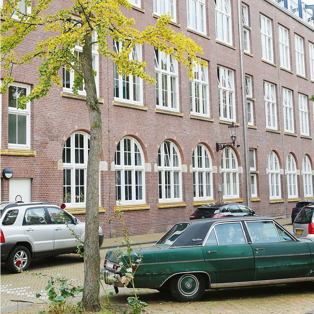 Walter Living: straatbeeld Amsterdam